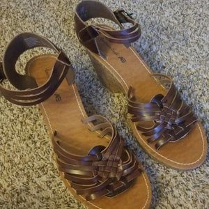 American Eagle Brown Wedge Sandals 12